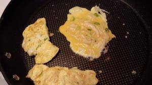 白飯魚煎蛋角 10